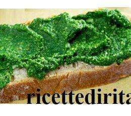 Crostini con spinaci