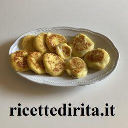 Focaccine patate e zucchine