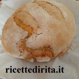 Pane con pieghe